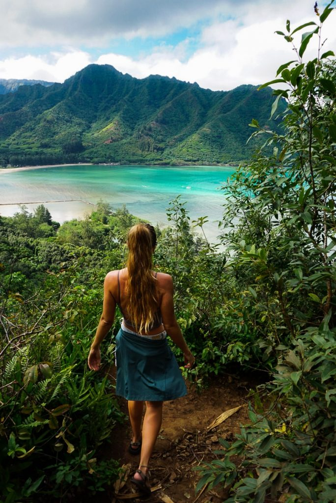 Woman descending on the Crouching Lion trail on Oahu