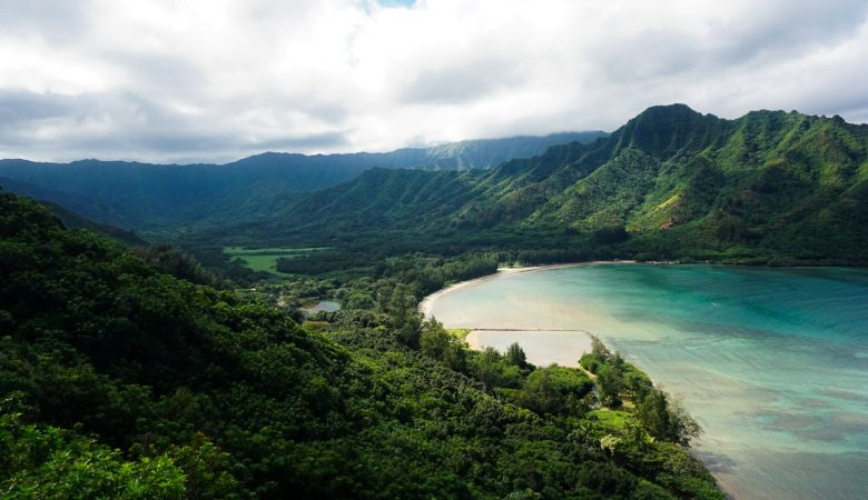 Beautiful view from the top of Crouching Lion on Oahu