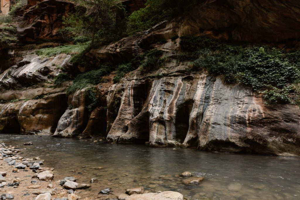 Landscape shot of the rock formations and river in The Narrows