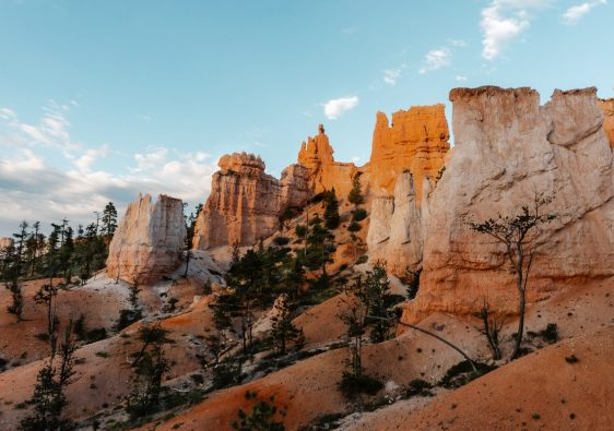 Sunrise over the hoodoos on Fairyland Loop Trail in Bryce Canyon National Park